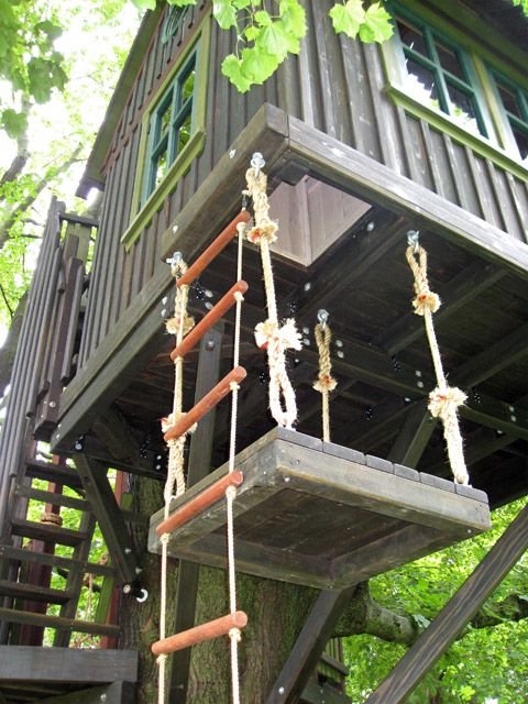 16 Experts Reveal 27 Quot Must Have Quot Treehouse Features The